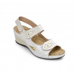 ESSENTIAL SHOES 15015